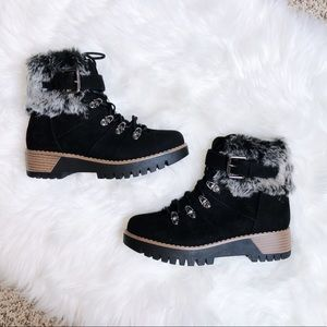 Brand New🎉 Black Lace Up Winter Fur Heeled Boots